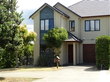 Fantastic Investment or Family Home in Rangi Zone