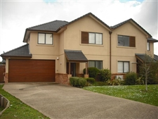 4 bedroom home in Greenhithe
