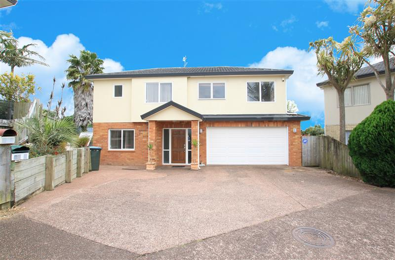 Large Family Home - Great Location
