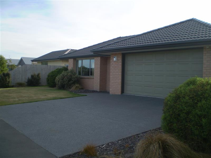 Modern Family home in Rolleston