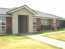 Four Bedroom Sunny Executive Home in Rolleston