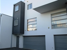 Modern Townhouse, Better Take A Look!!