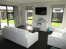 Stylish Home, Fully Furnished