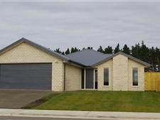 Near New Executive Home in Pegasus