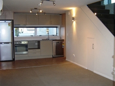 Nice Two Bedroom Apartment Close to City